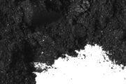 Aktivní uhlí práškové